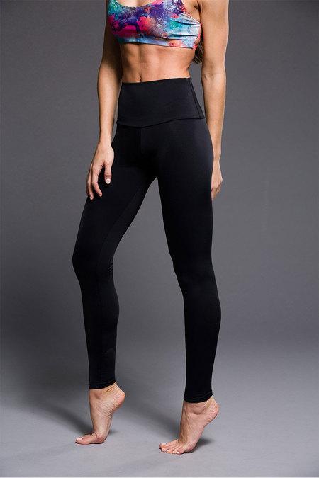 N/A – Onzie high rise legging shiny black fra spashop.dk